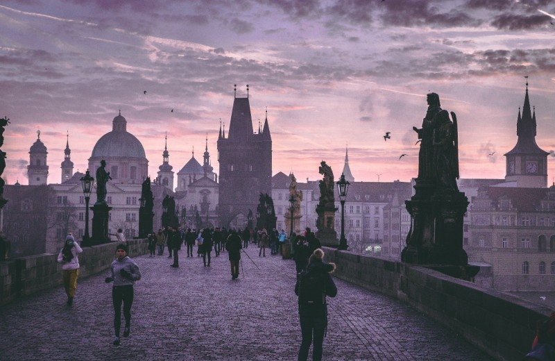 Без багажа: 5 городов, куда стоит полететь с рюкзаком