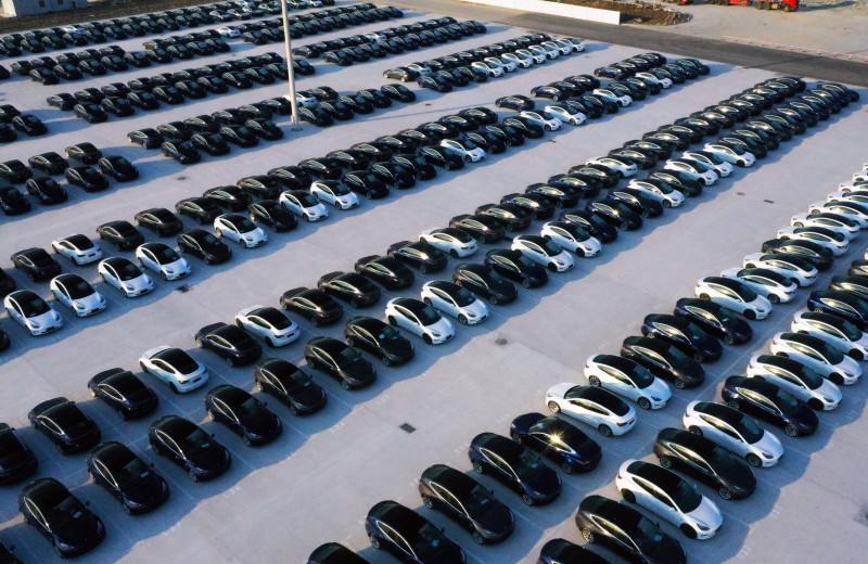 Калифорния планирует запретить автомобили с бензиновым двигателем к 2035 году