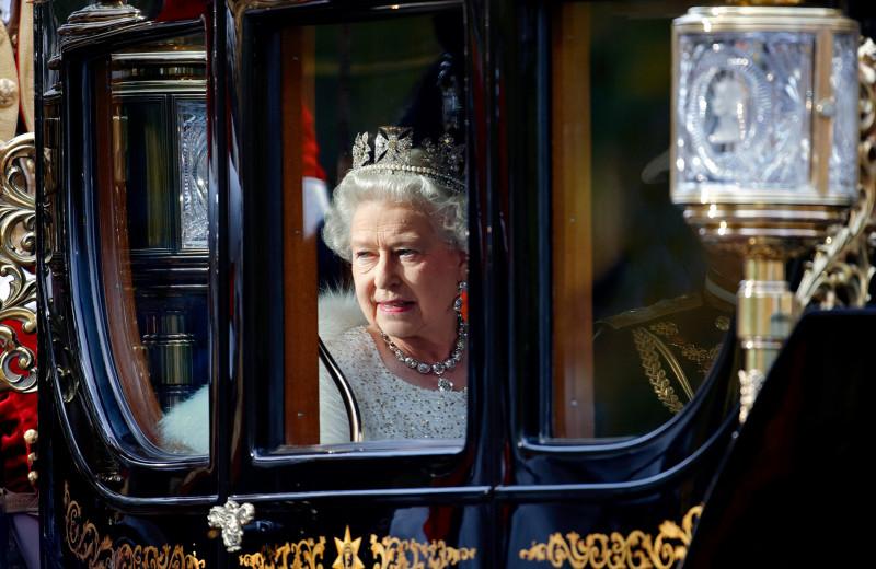 Личная коллекция: 10 ювелирных украшений королевы Елизаветы