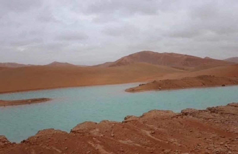 Циклон превратил пустыню в край озер: видео
