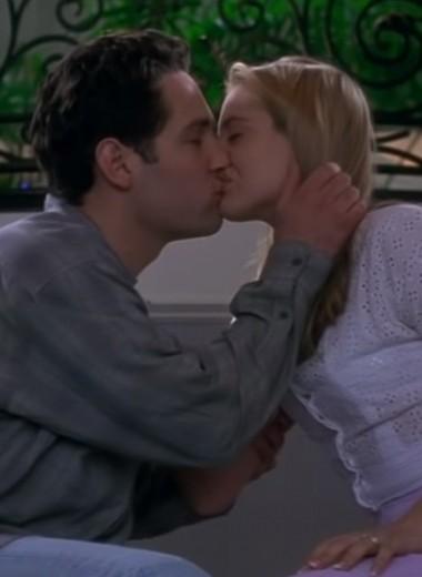 Как поцеловать девушку в первый раз (инструкция)