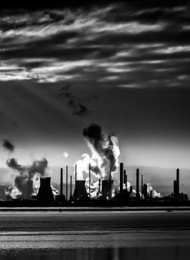 Почему нам нравится смотреть на выдуманные апокалипсисы, когда миру угрожает реальный