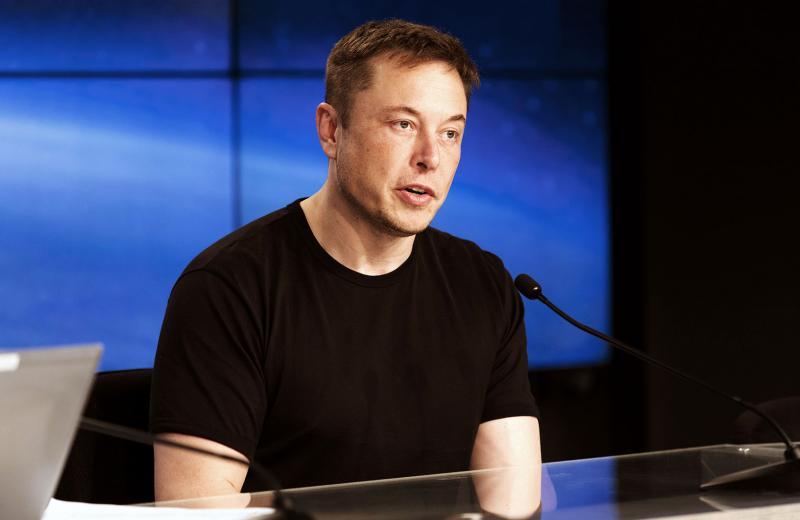 Миллиардер Илон Маск предсказал планете «новые темные времена»