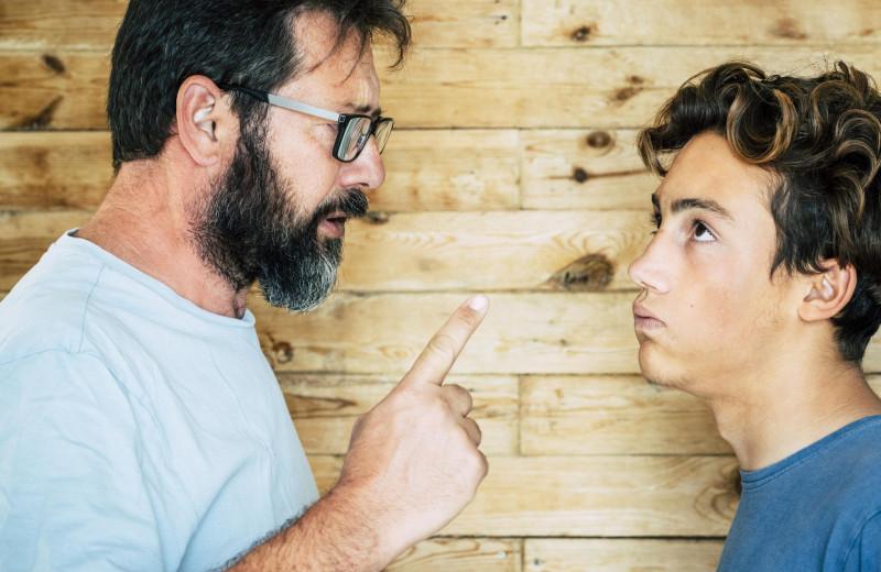 7 лайфхаков, чтобы заставить ребенка тебя слушать