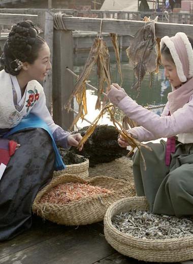 «Культ Ким Мандок». Как сирота смогла накормить остров для ссыльных и основать торговую компанию в Корее