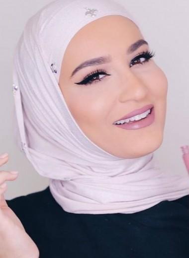 Красота в хиджабе: топ-5 популярных бьюти-блогеров Ближнего Востока