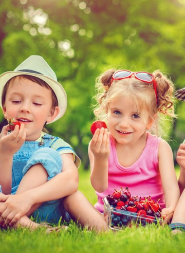 Как приучить детей есть овощи и фрукты? Советы и рецепты