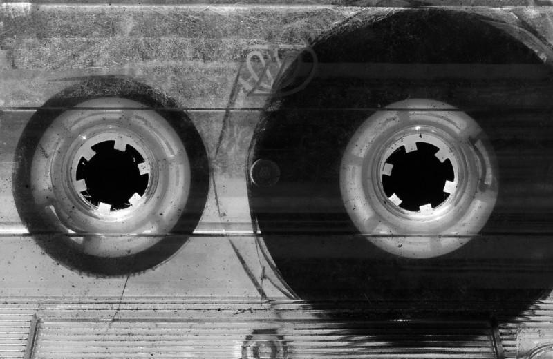 8 песен, которые мы слушаем, не задумываясь о смысле