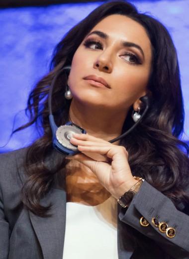 Певица Зара выступила в Париже на открытии года языков ЮНЕСКО