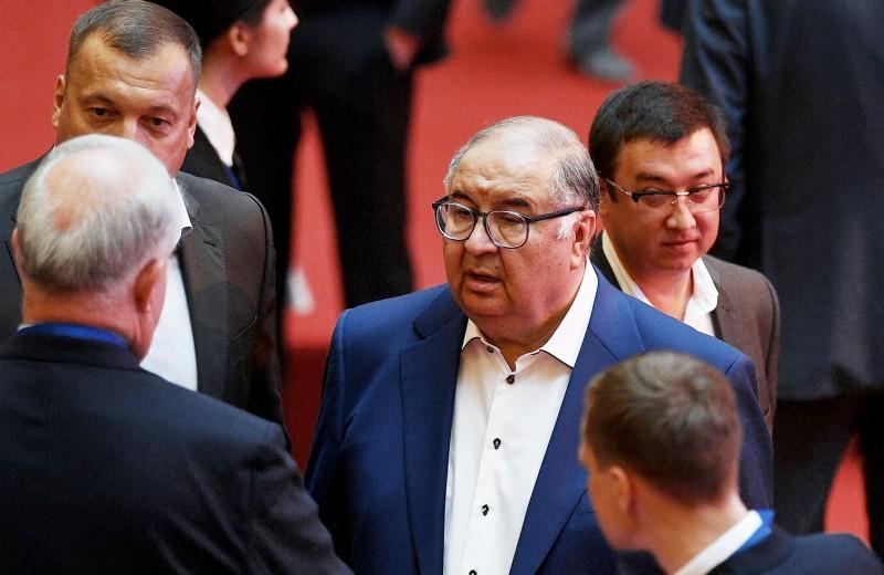 Летим домой: зачем миллиардер Усманов переводит бизнес в Россию
