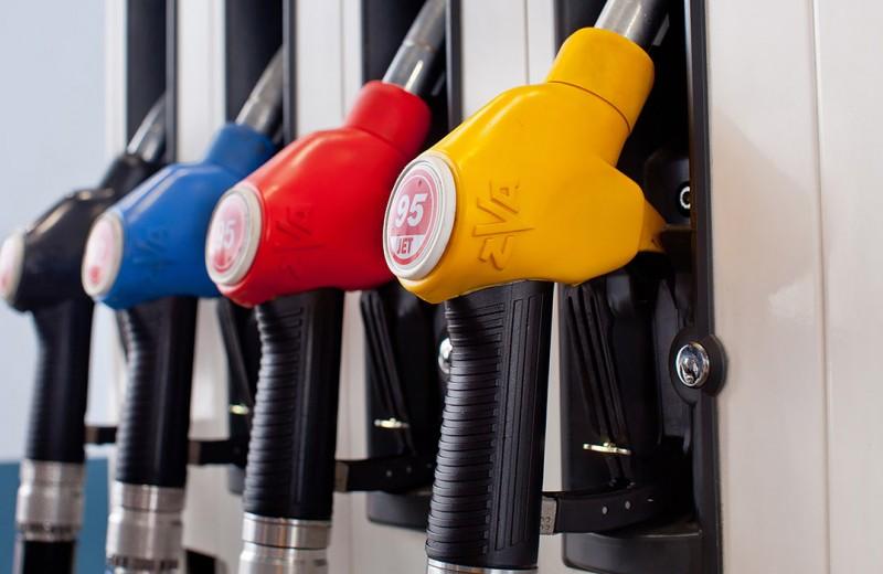 «Ужас без конца». Что будет с ценами на бензин после 1 июля