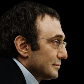 Опасный игрок. Сулейман Керимов пережил две катастрофы, едва не стоившие ему жизни и состояния