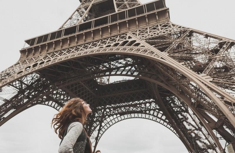 Безглютеновое печенье и черный кофе. Как выглядят будни женщины в Париже