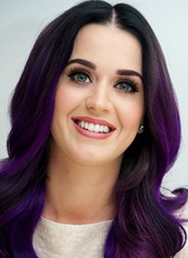 Девушка-фиалка: как выбрать идеальный фиолетовый цвет волос