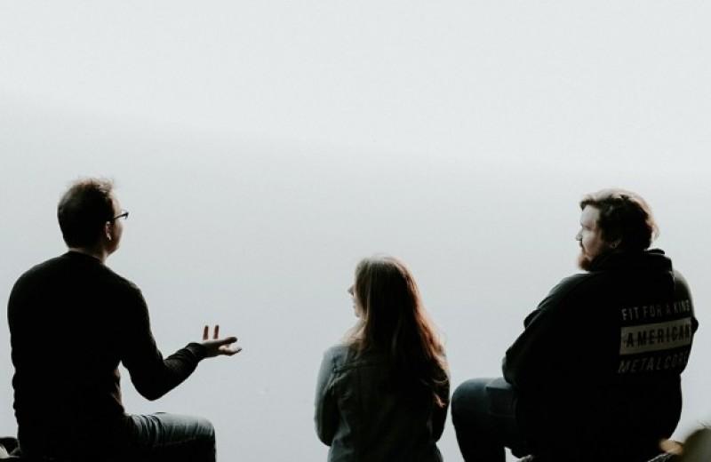 Что такое эмоциональный интеллект и как его развить