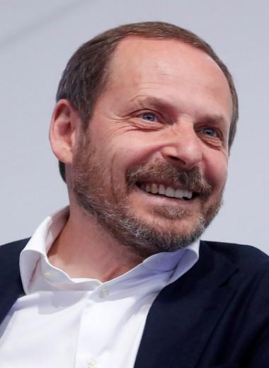 «Яндекс — российская Кремниевая долина»: Аркадий Волож о самой перспективной области в IT и новой магии