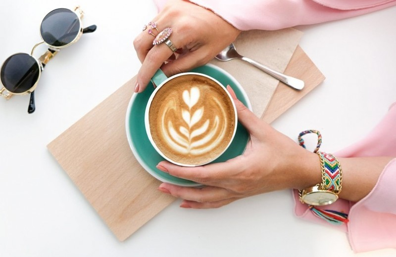 Ни в одном глазу: вся правда о том, как влияют друг на друга сон и кофе