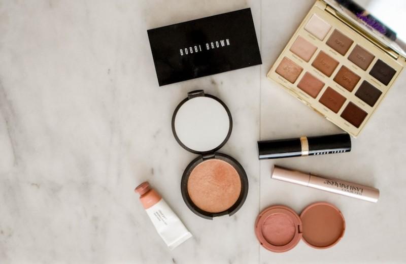 Своими руками: 7 продуктов для макияжа, которые можно наносить пальцами