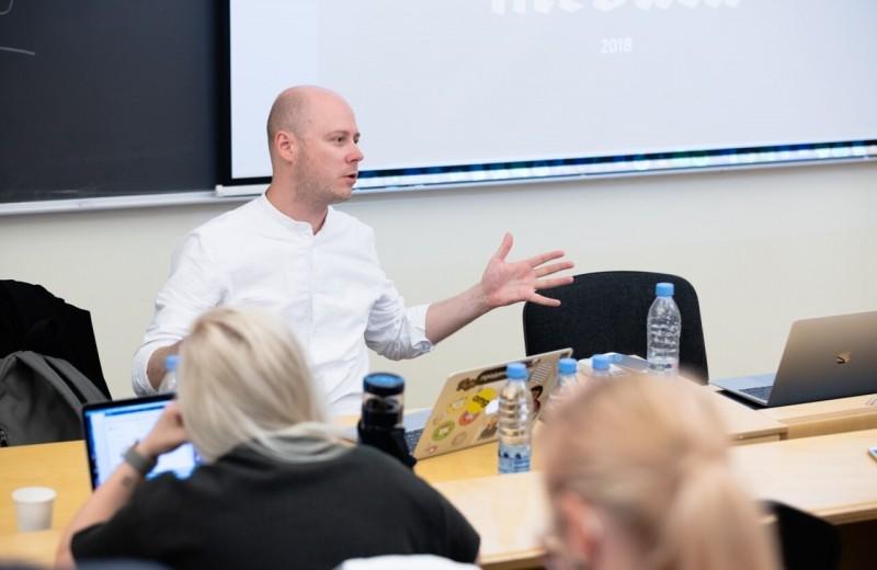 Главред «Медузы» Иван Колпаков впервые рассказал свою версию событий, которые привели к обвинению в харассменте
