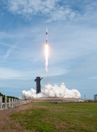 «Вы находитесь здесь»: почему первый пилотируемый запуск SpaceX важен для Илона Маска и что он будет делать дальше