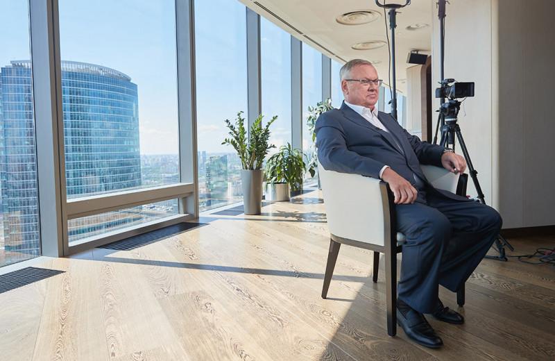 Глава ВТБ — РБК:«Превратиться в Северную Корею для нас невозможно»