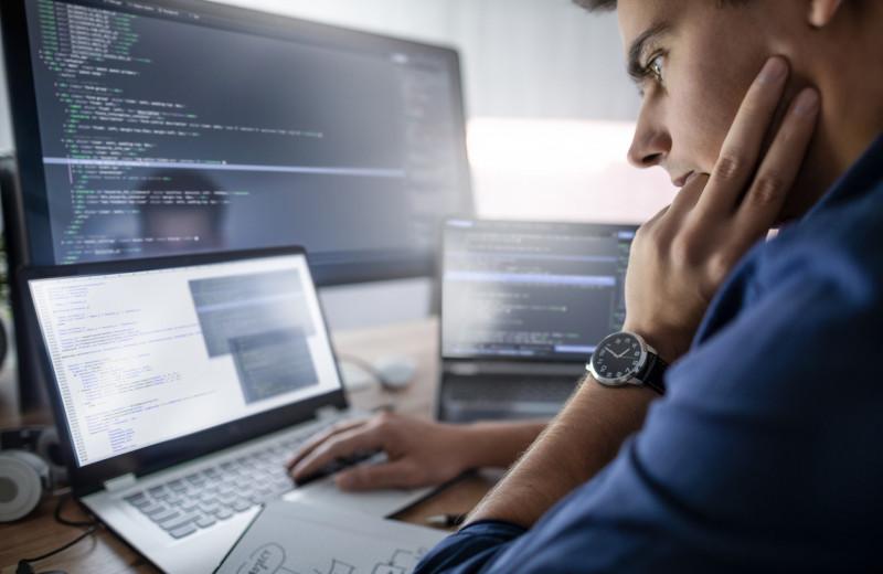 GitHub назвал 10 самых популярных языков программирования