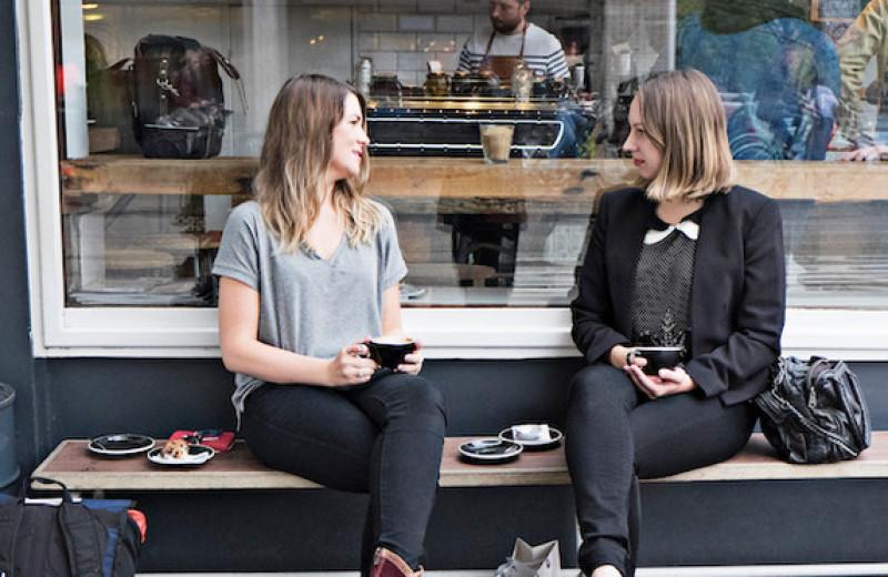 Дружбе конец: почему так происходит и как сохранить отношения
