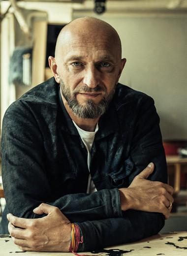«Думать об антитрендах и трендах вредно»: Илья Тютенков — о баре Leveldva