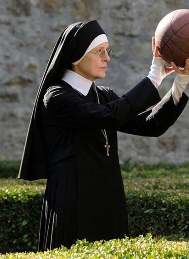 «Я не в монастыре, я работающая женщина третьего тысячелетия»: кто разбивает стеклянные потолки в Ватикане