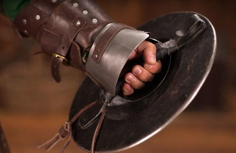 Баклер: кулачный щит Средневековья