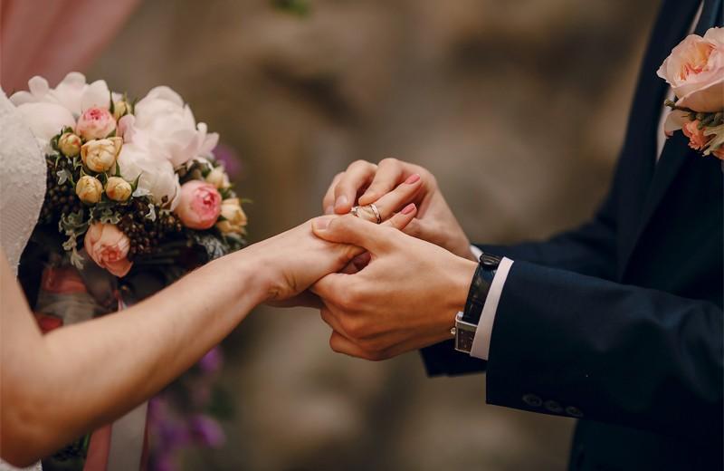 «Секс в большом городе» и «Реальная любовь»: сколько стоят свадьбы из фильмов