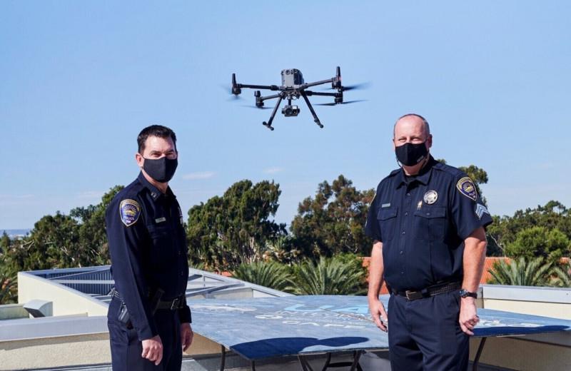 Вызываешь 911, а прилетает дрон: как полицейские беспилотники стали нормой в американских городах
