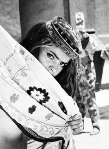 Была танцовщицей, стала сектанткой: как сложилась судьба знаменитой Гюльчатай