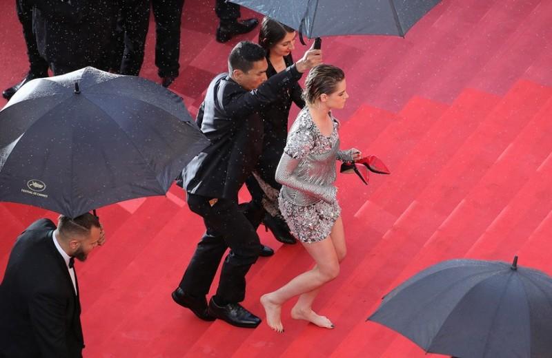 «Платье мести» принцессы Дианы и смокинг Хоакина Феникса: как донести скрытые послания с помощью одежды