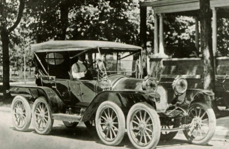 10 самых безумных автомобилей XX века