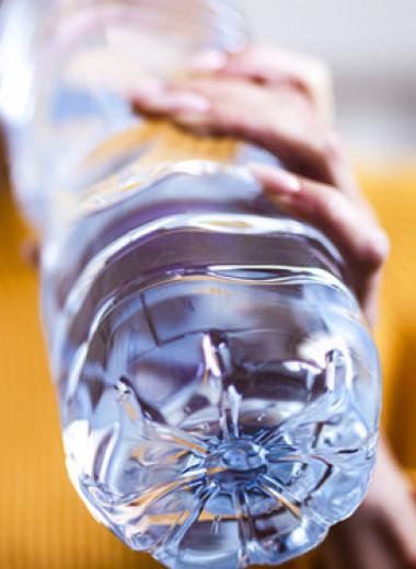 «Хочешь есть — попей воды» и другие популярные фитнес-мифы о голоде и питании
