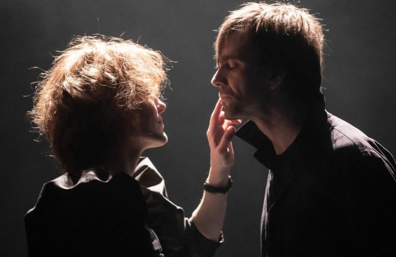 Парное интервью: Полина Кутепова и Юрий Буторин отвечают на 10 вопросов о театре, любви и внутренней слепоте
