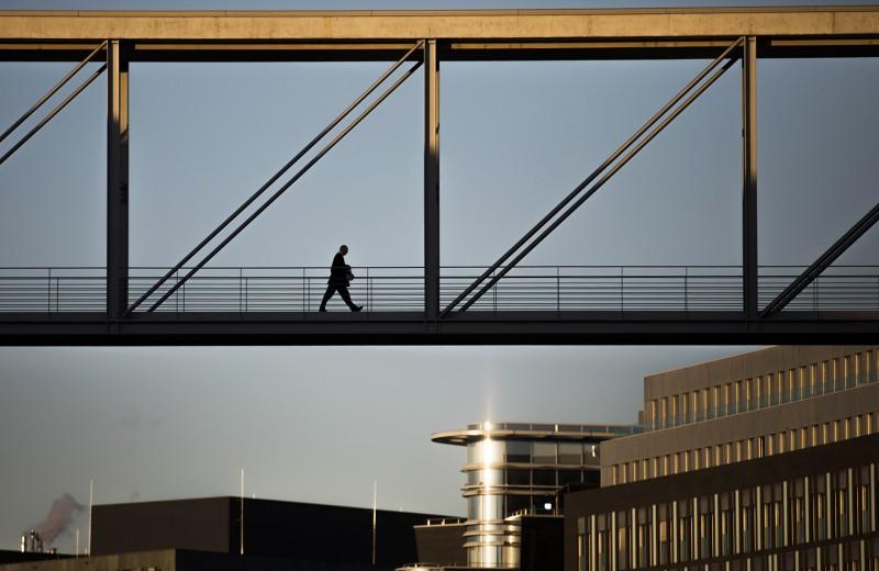 Вокруг света из-за 90 дней: кому выгодны новые правила налогового резидентства