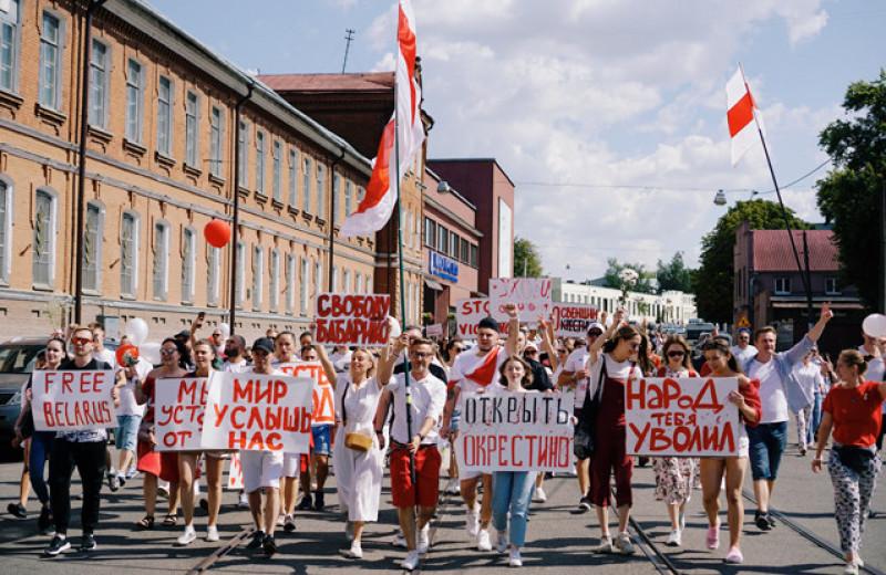Почему белорусский режим не пал под напором толпы