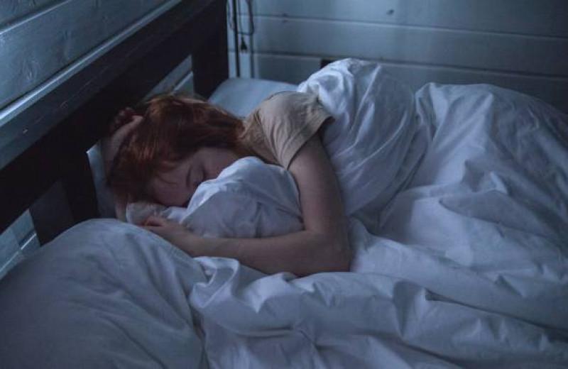 Сколько нужно спать? Короткий ответ и видео