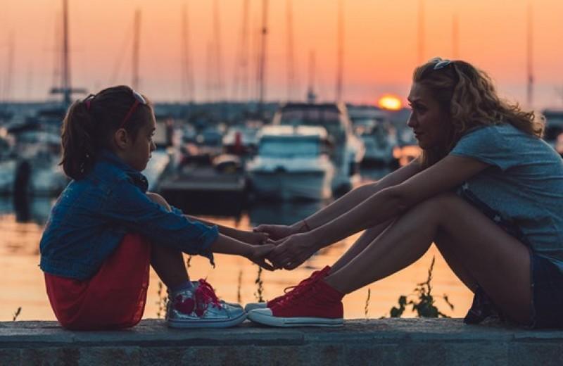 Нужно ли обсуждать с детьми свои переживания при разводе?