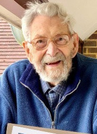 112-летний англичанин признан старейшим в мире мужчиной