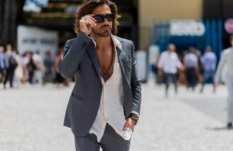 Когда уместно заправлять рубашку в брюки?