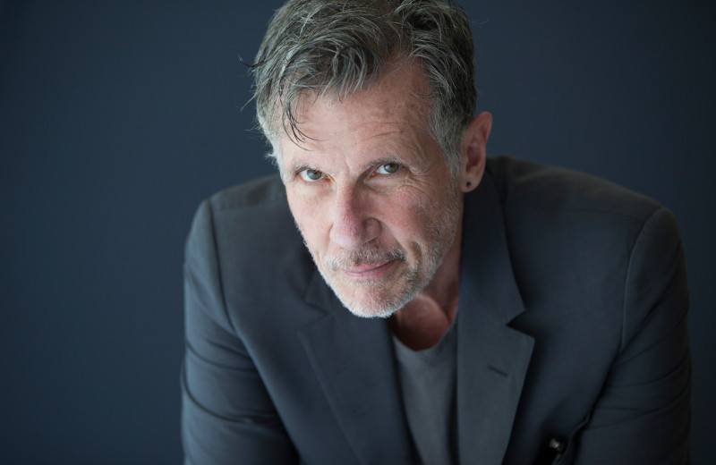 Майкл Каннингем: «Если миру уже не помочь, кому придет в голову писать книжки?»
