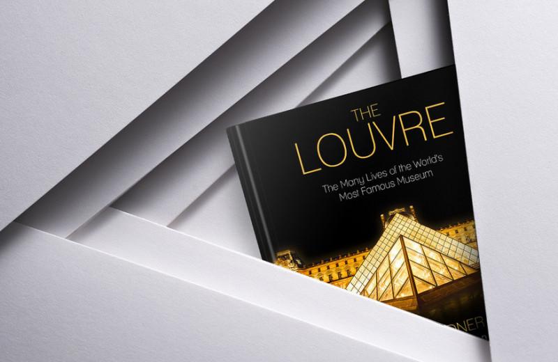 Вокруг да около Лувра: обзор новой книги о главном музее Парижа
