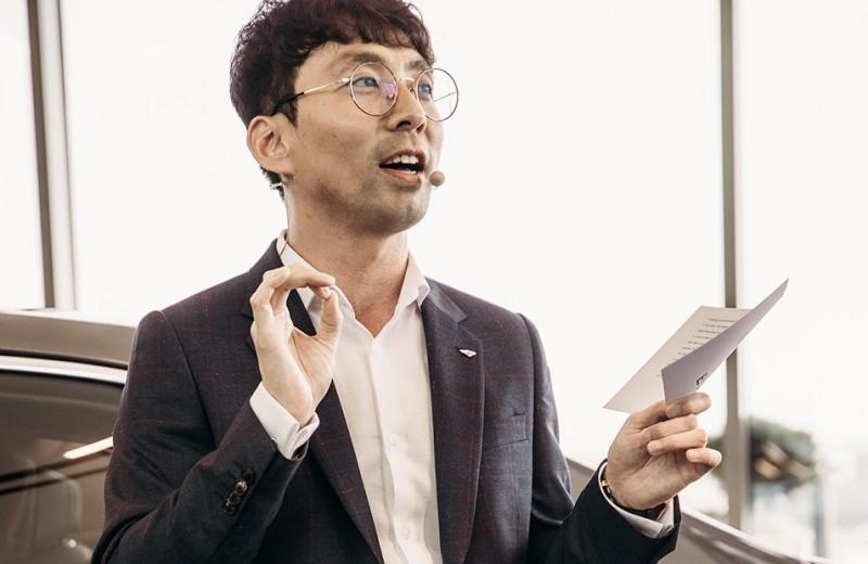 Главный дизайнер интерьеров Bentley — о ДНК бренда и нейросетях
