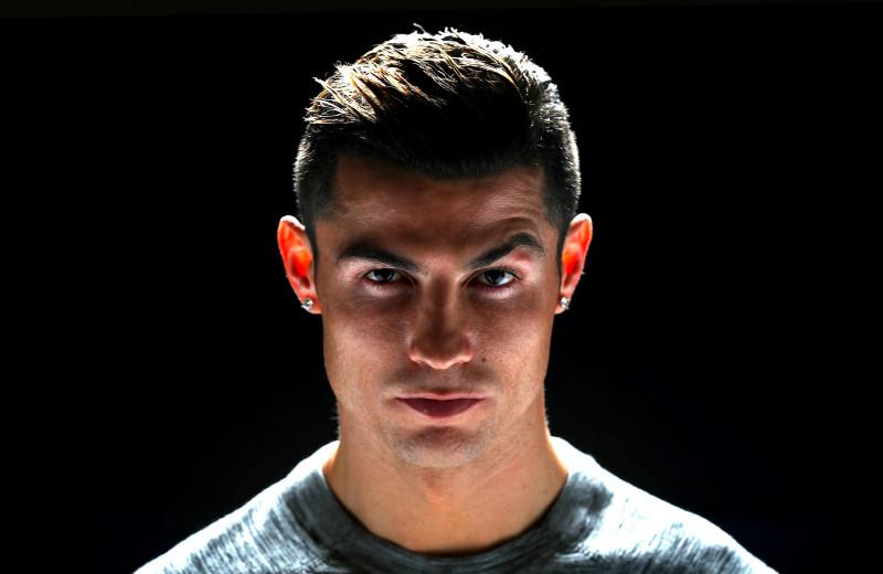 Мальчик вырос. Почему Криштиану Роналду решил вернуться в «Манчестер Юнайтед»? Колонка Esquire