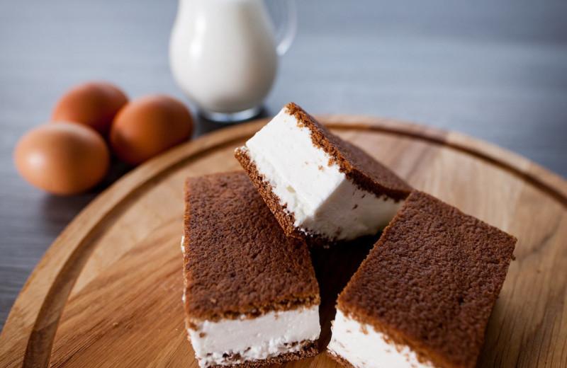 Готовим дома магазинные десерты: молочный ломтик, ириска с орехом и маршмелоу