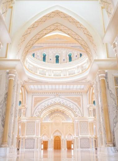 Что увидеть в Абу-Даби: три архитектурных чуда