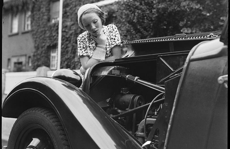 «Начинка» для авто: как были изобретены некоторые автомобильные опции